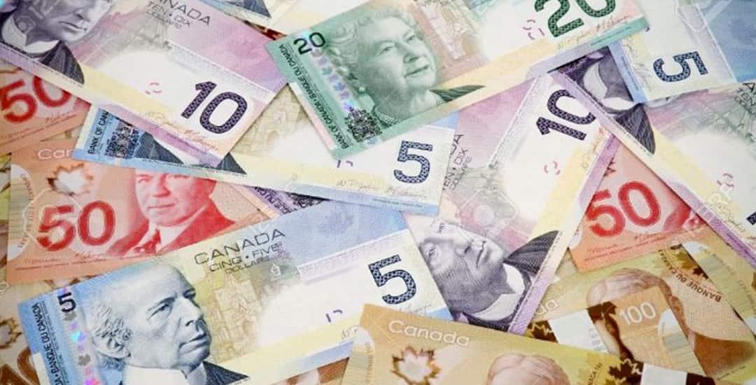ngân hàng canada