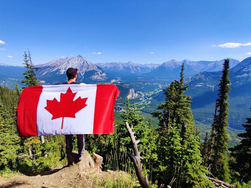 cập nhật thông tin mới nhất về việc Canada mở cửa biên giới