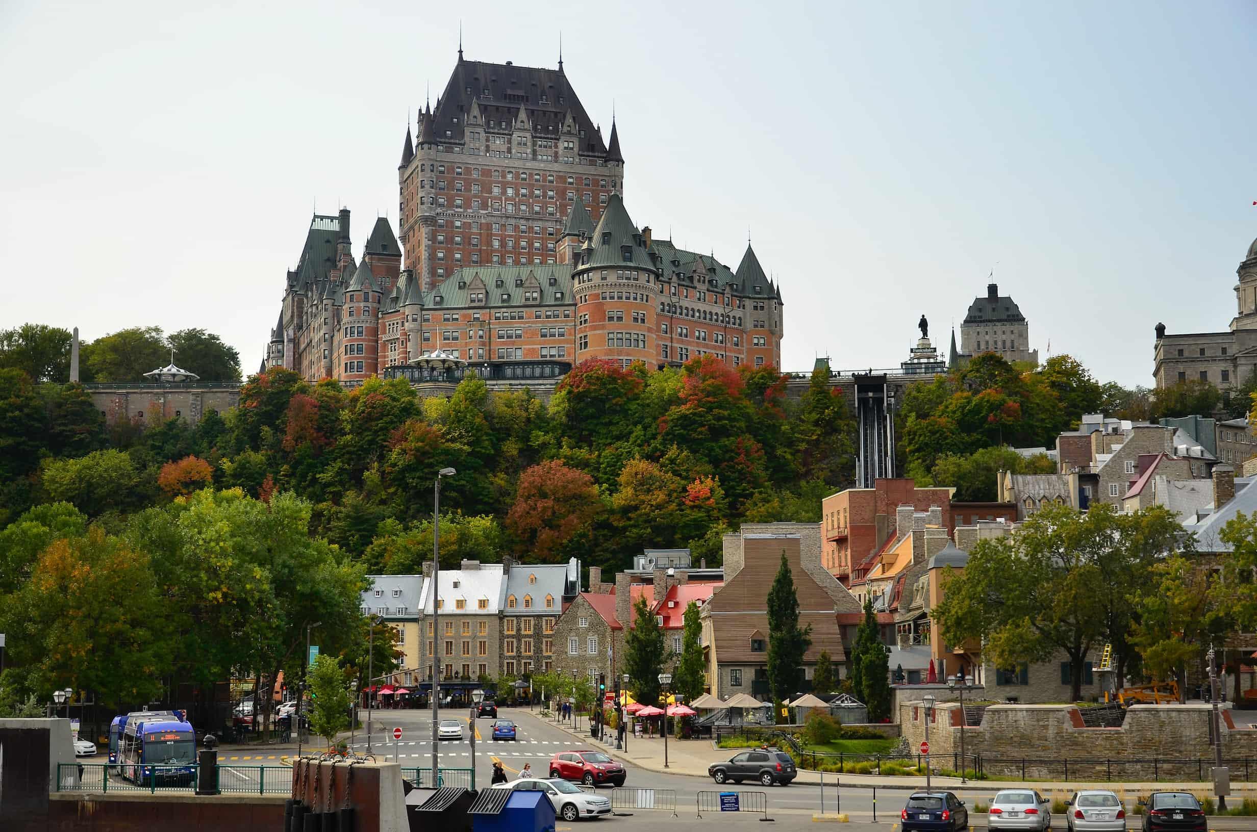 Làm việc tại Canada – Chương trình Lao động Tạm thời