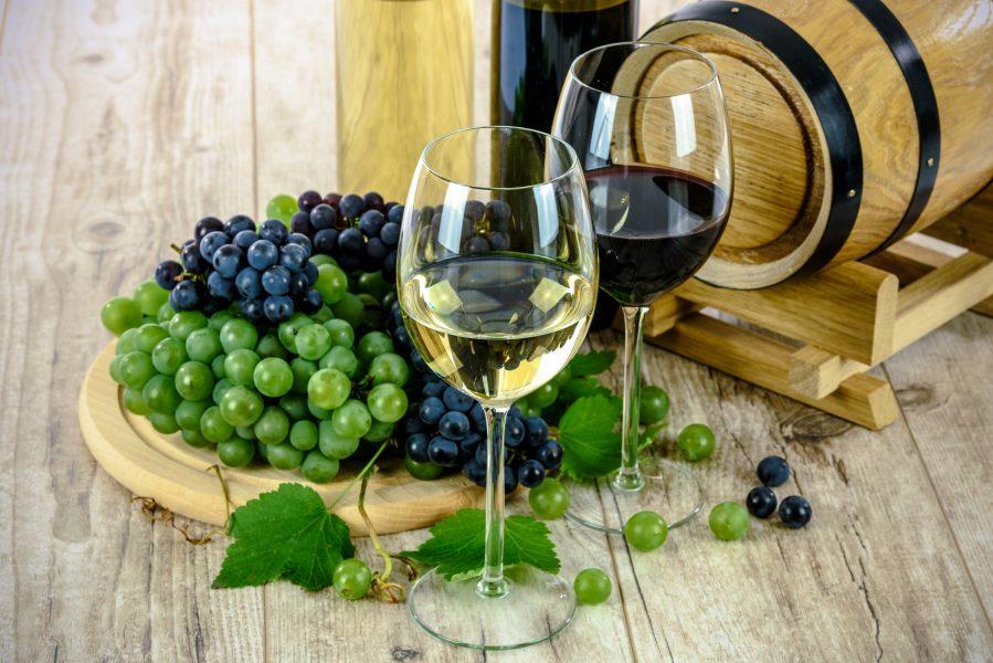 2 loại nho tạo nên rượu vang síp