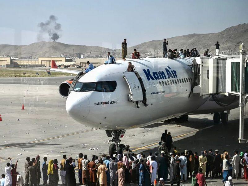 Tình hình Afghanistan, sân bay Kabul vào thứ Hai