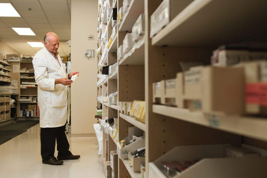 làm việc tại Canada vị trí nhân viên y tế, điều dưỡng, dược sĩ
