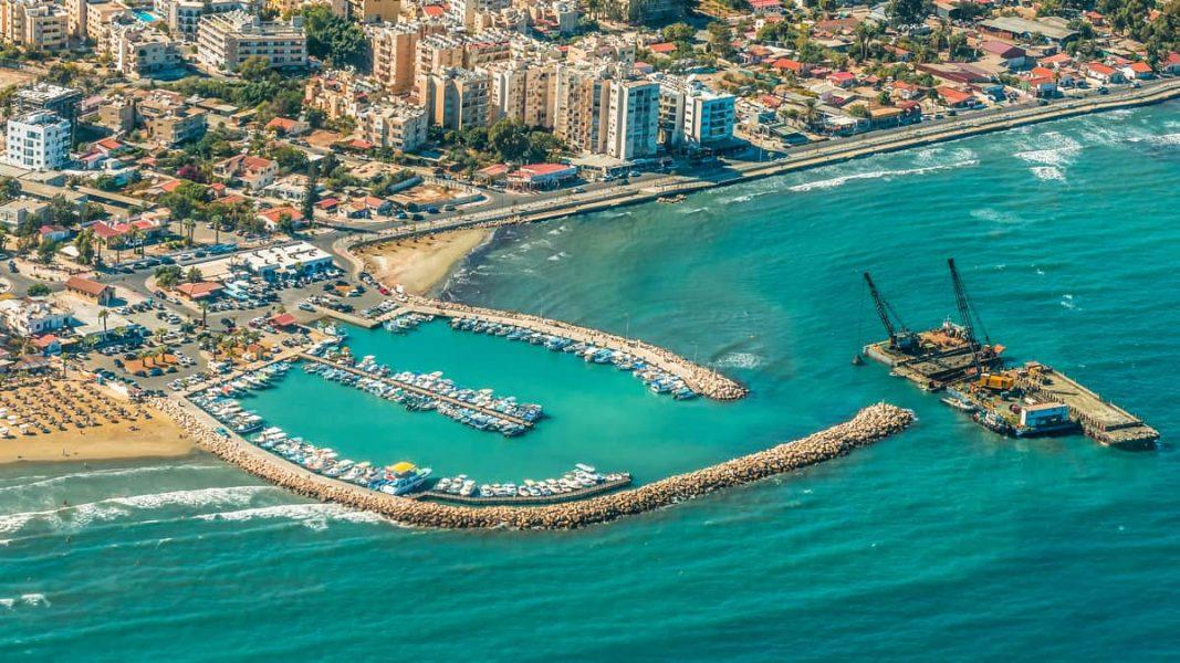 Thành phố biển biển Larnaka