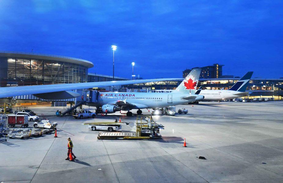 việc nhập cư Canada vẫn chưa thể nhập cảnh do vẫn còn thủ tục xót lại