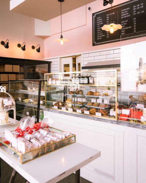 Khám phá Canada - Tiệm bánh tại Vancouver - Tiệm bánh Beaucoup
