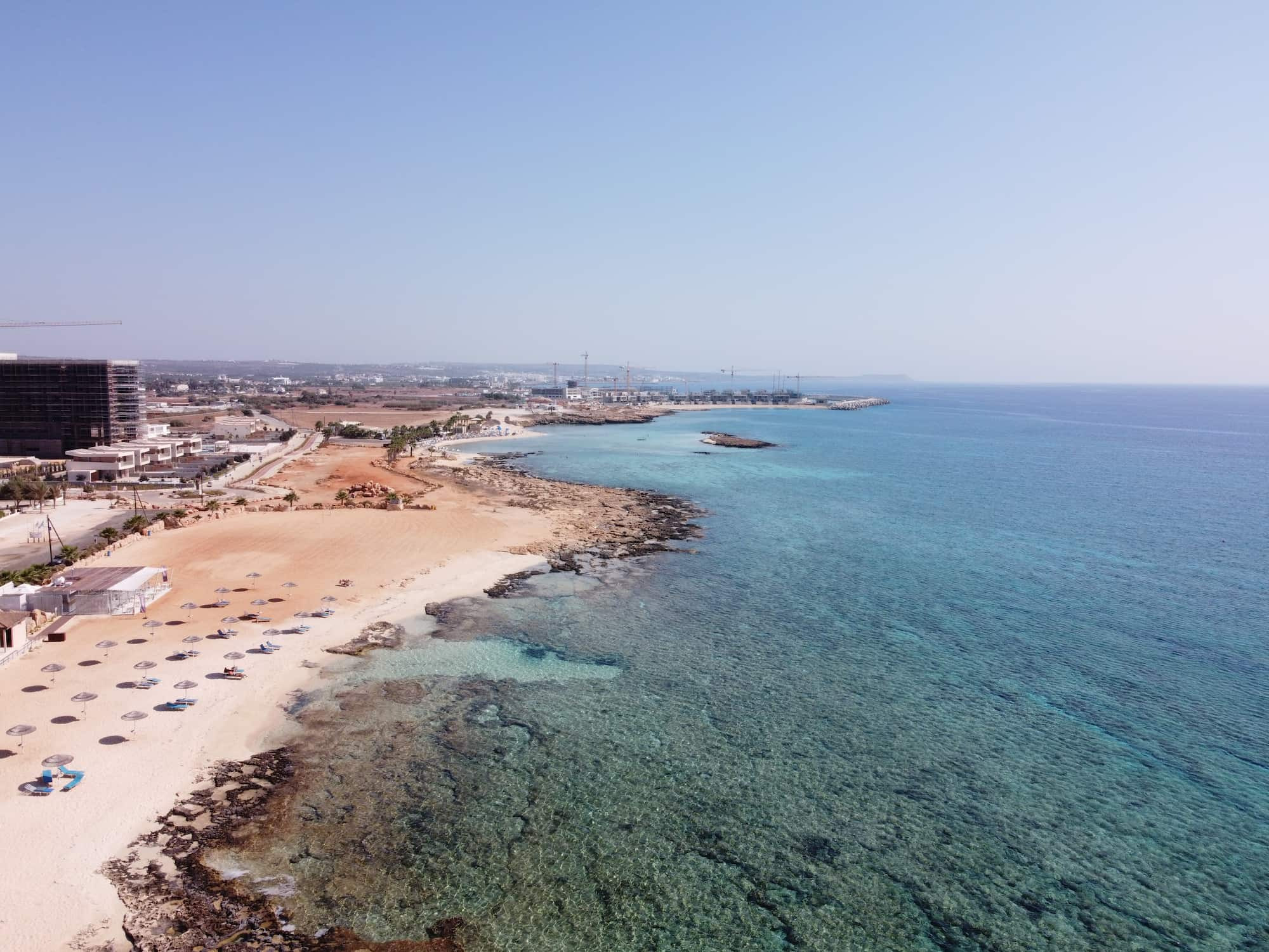 Bãi biển tại Famagusta