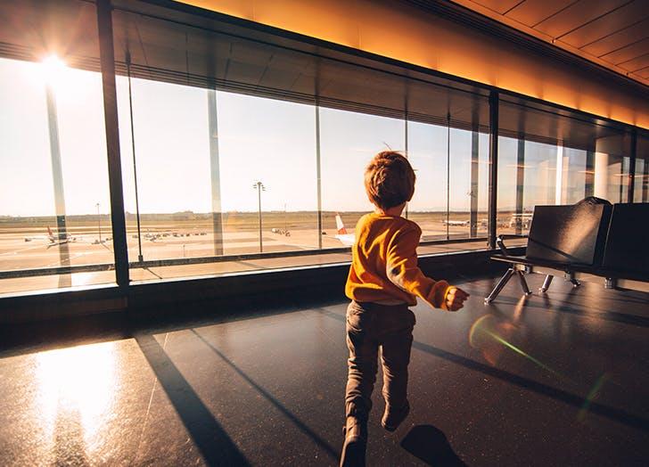 Trẻ em nhập cảnh Canada cần lưu ý điều gì trong thời kì dịch bệnh