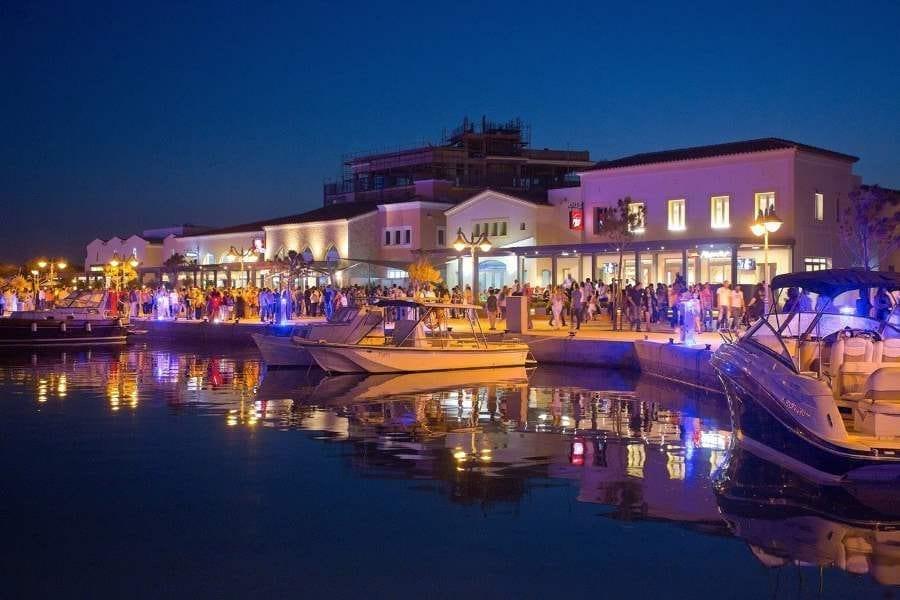 Bến du thuyền tại Limassol Síp