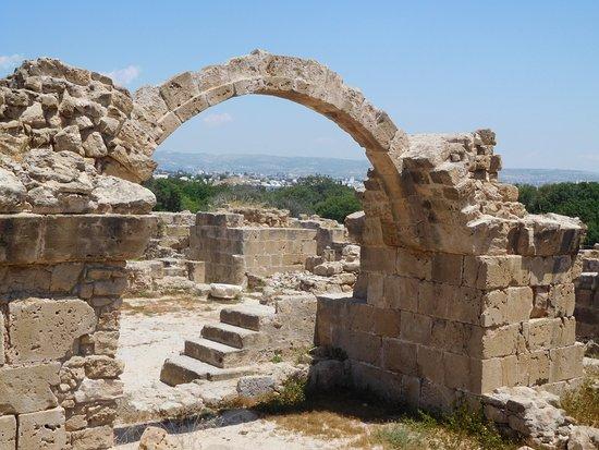 Lâu đài Saranta Kolones