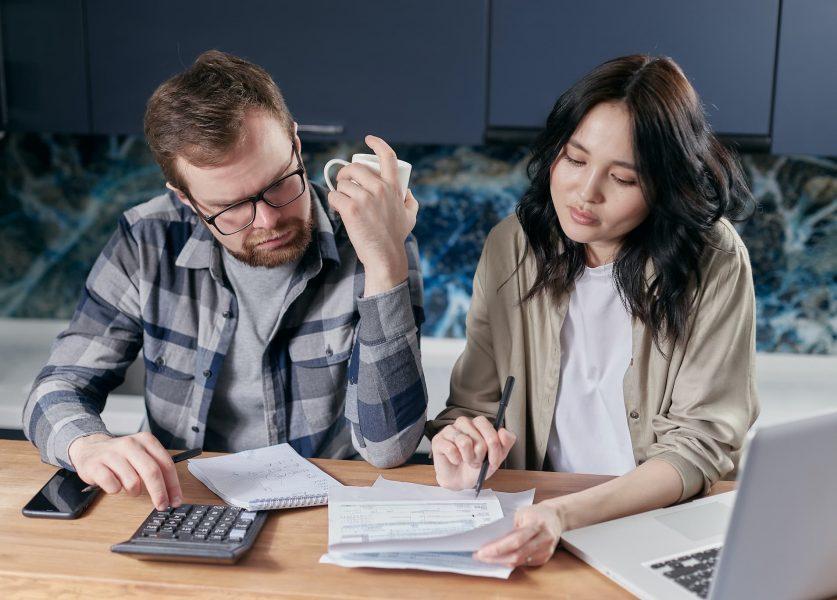 Nhập cư Canada - Tính thu nhập để bảo lãnh người thân