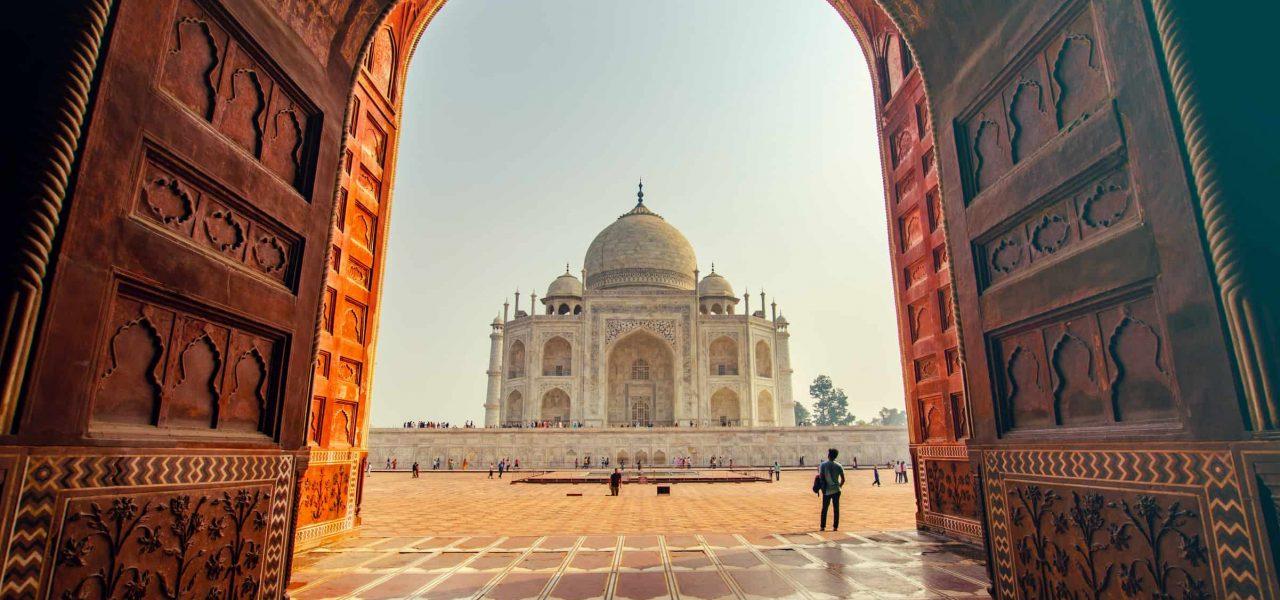 lệnh cấm nhập cảnh vào canada của Ấn Độ tiếp tục đến tháng 9