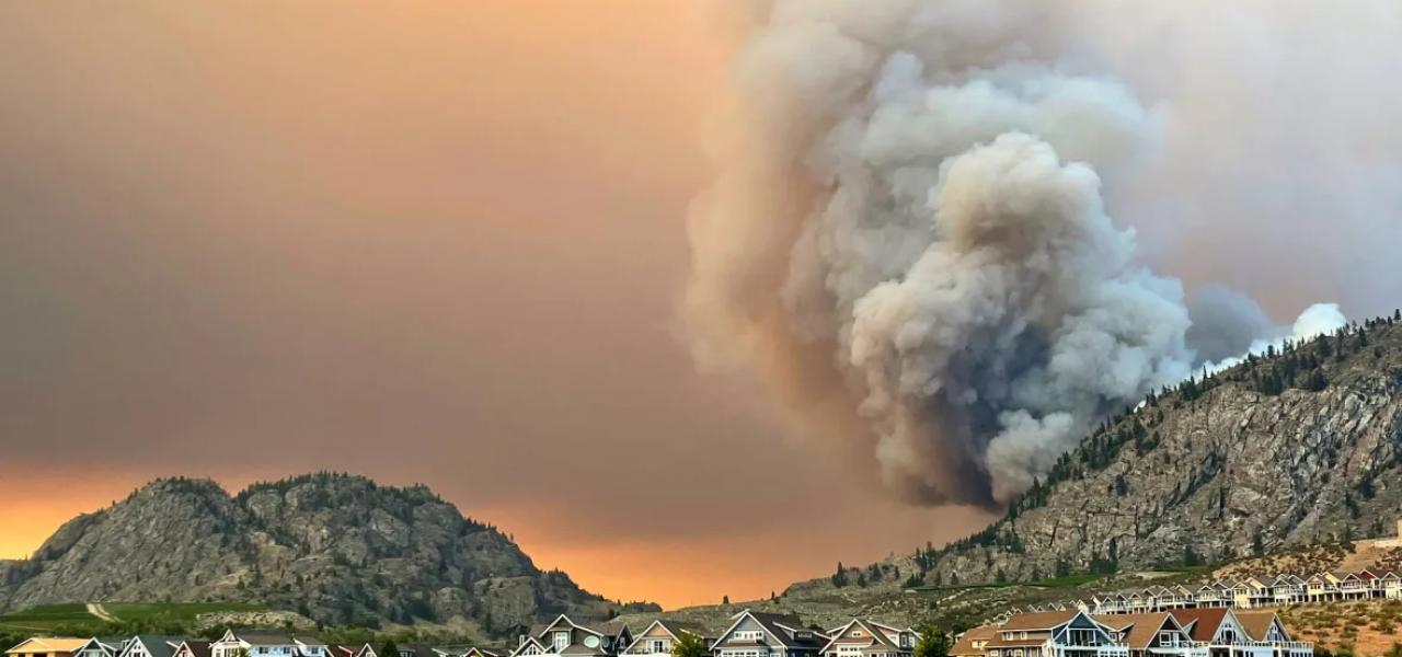 cháy rừng ở BC do sự ảnh hưởng của gió