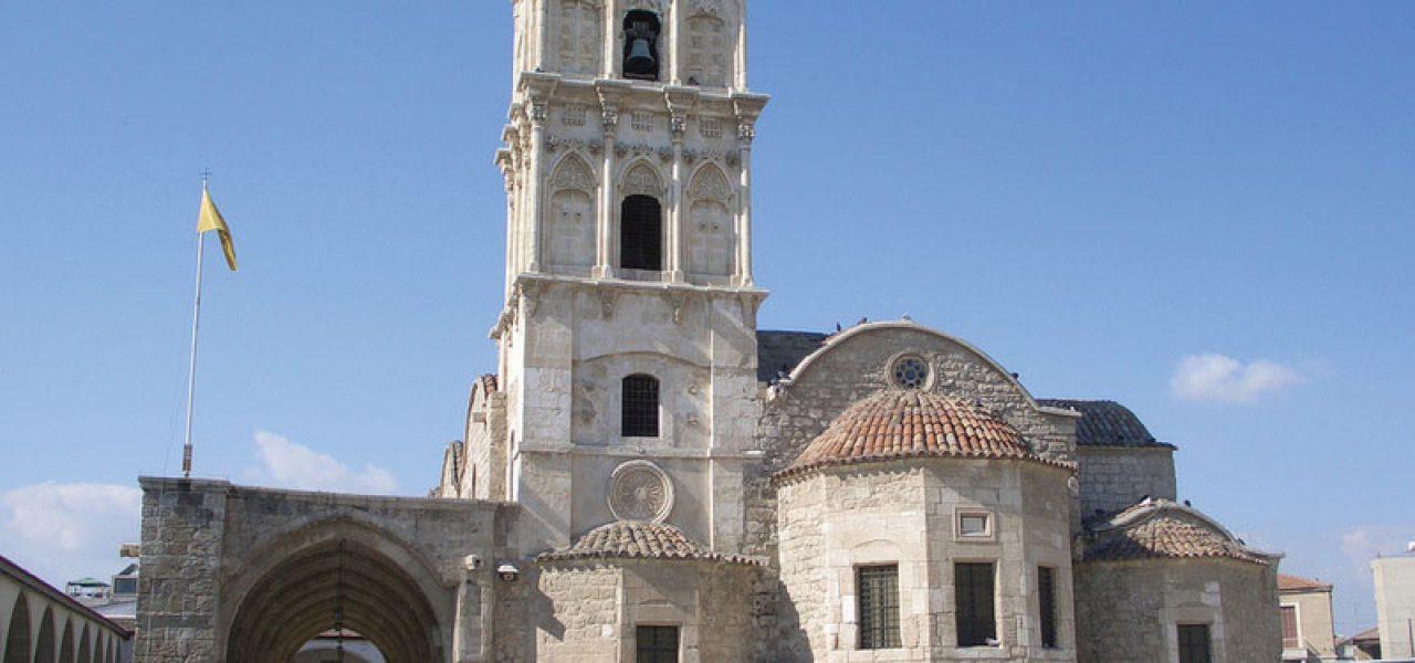 định cư Cộng hòa Síp - Nhà thờ tại Síp