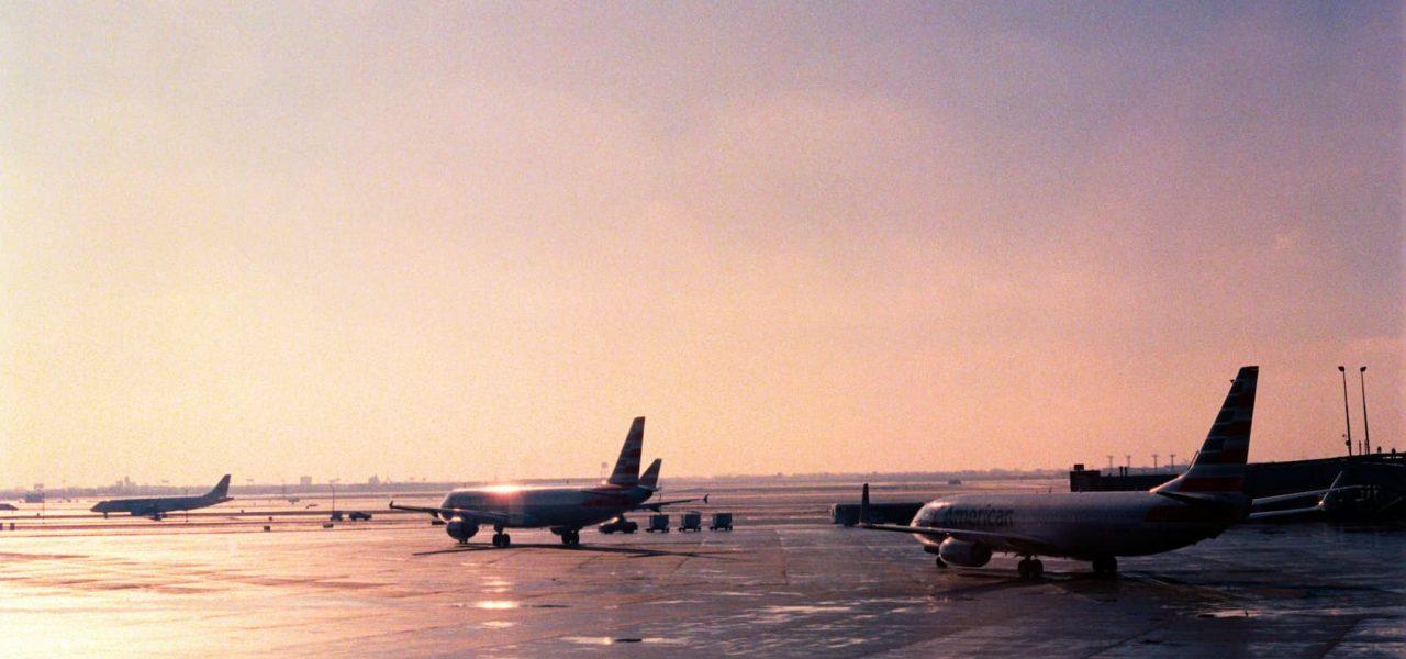 nhập cảnh canada đường hàng không