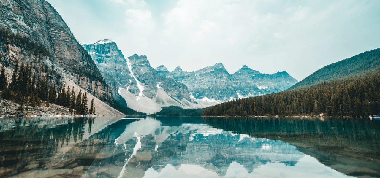 Moraine Lake-Canada-lnc-global